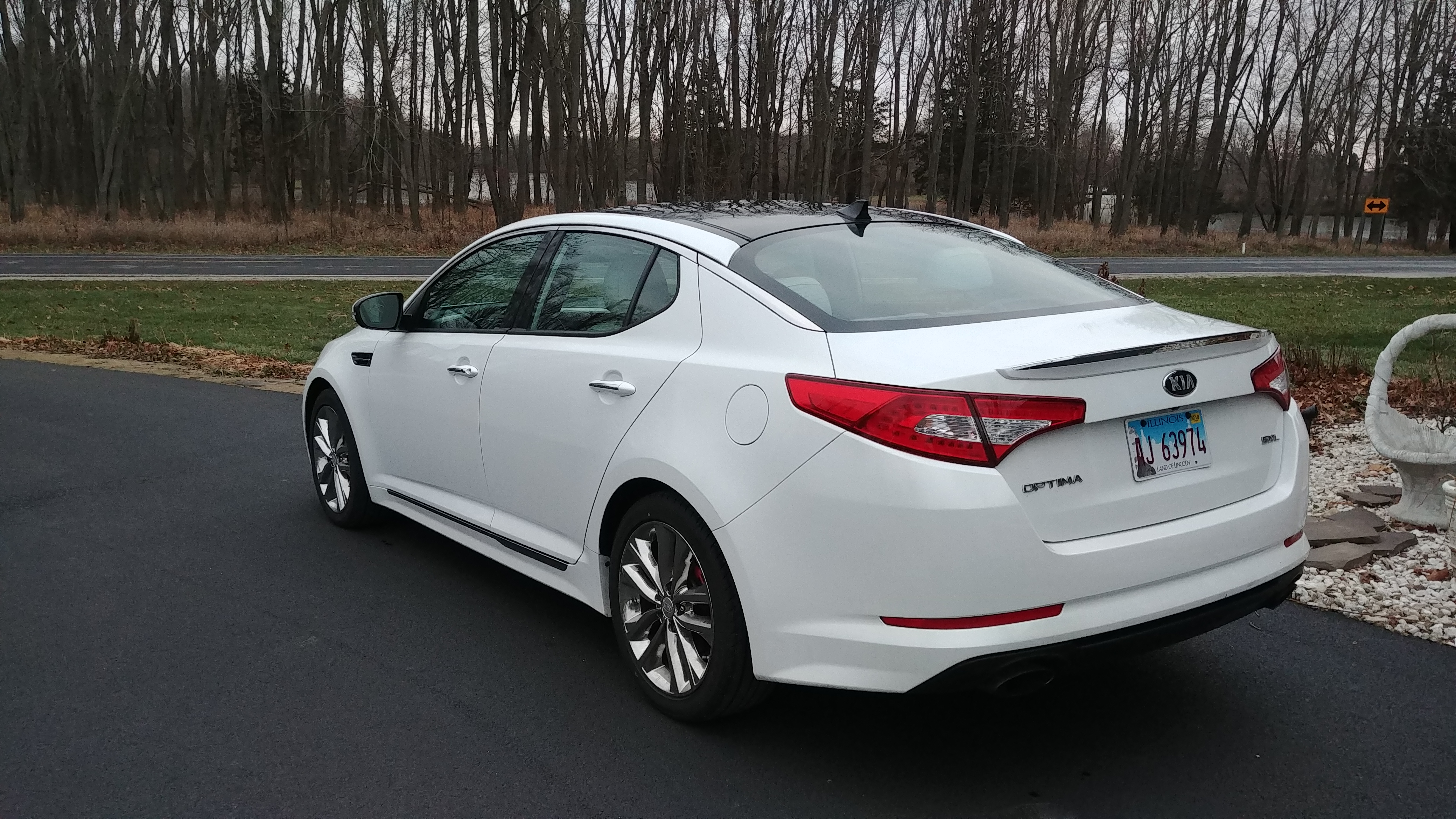 click sxl vroom mom sporty ride the optima one kia is see